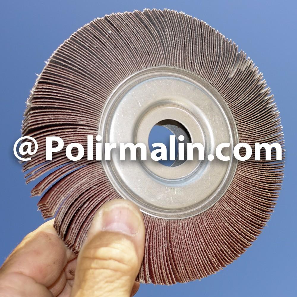 Brosse 150mm fils acier www.polirmalin.com spécialiste du polissage, de l'ébavurage et du brossage