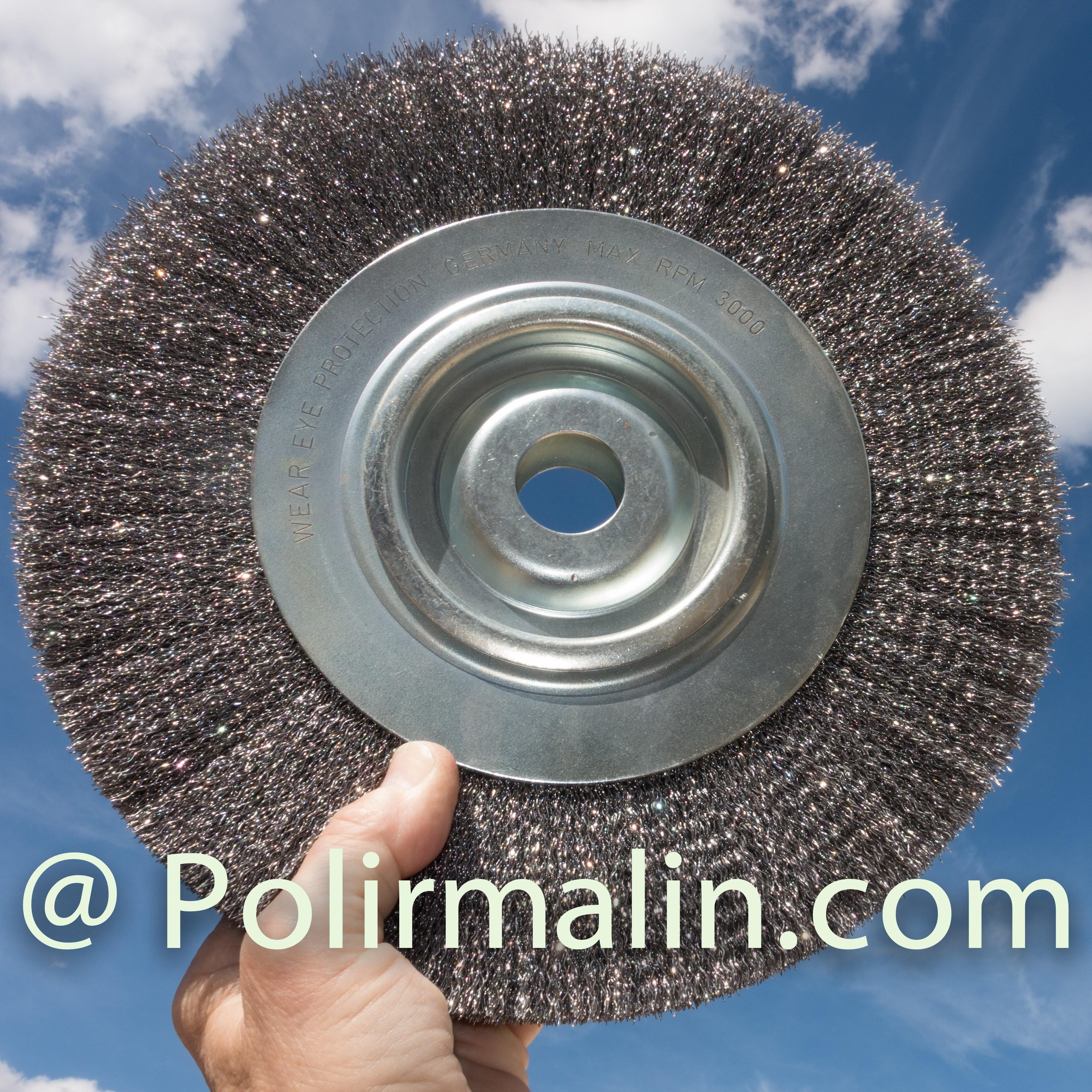Brosse 300mm fils acier www.polirmalin.com spécialiste du polissage, de l'ébavurage et du brossage