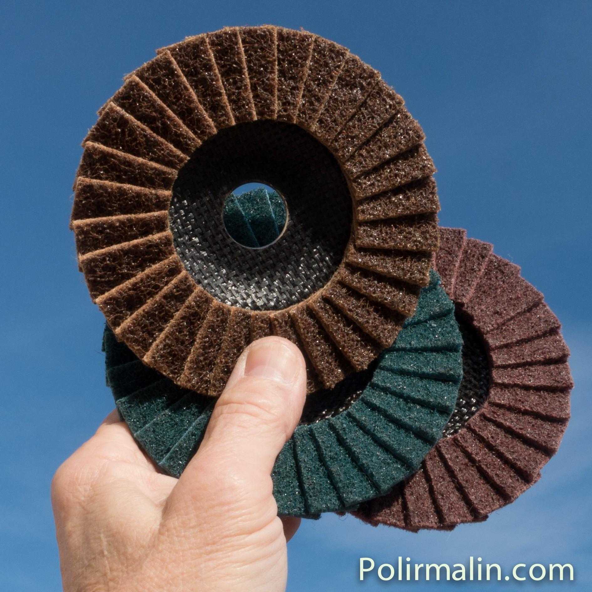 Fluide de polissage  FIN www.polirmalin.com spécialiste du polissage, de l'ébavurage et du brossage