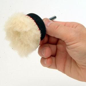 Peau de mouton 50mm auto-agrippant www.polirmalin.com spécialiste du polissage, de l'ébavurage et du brossage